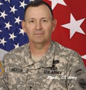 Lt_Gen_Benjamin_R_Mixon_as_USAPACCOM_CO copy