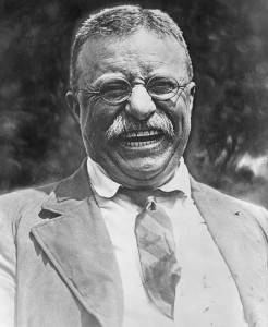 800px-Theodore_Roosevelt_laughing