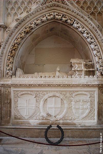 401px-Mosteiro_da_Batalha_-_Túmulo_do_Henri_o_Navegador Grand Master of the Order of Christ--Prince Henry the Navigator