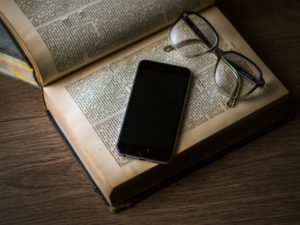 Information Without Wisdom – Digital Media are Replacing Books